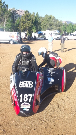 Team Johnny Killmore preparing for their second run in qualifying. Photo: Kate Kriebel