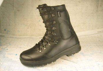 Alt-Berg motorcycle boots black leather